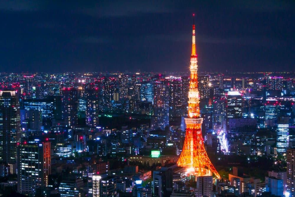 東京タワーでみんなと一緒にフィットネス!