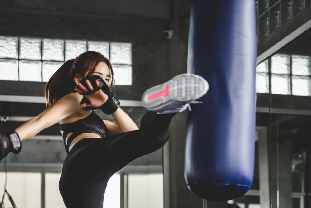 キックボクシングに通う女性有名人まとめ