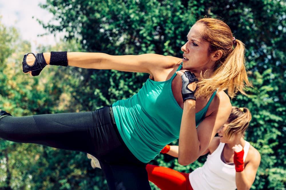 有酸素運動と無酸素運動の両方で脂肪を効率的に燃焼